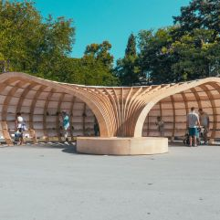 Quelle: https://www.boredpanda.com/rapana-the-street-library-of-varna/